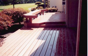 Deck w/Benches