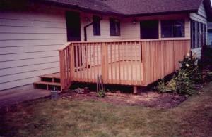 Basic Sitting Deck (Cedar)